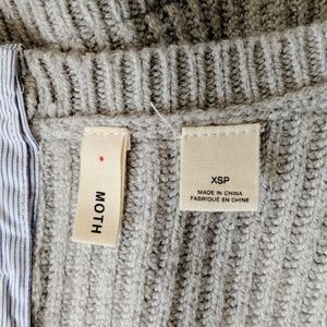 Anthropologie Sweaters - Anthropologie Moth Gray Shirttail Hem Sweater
